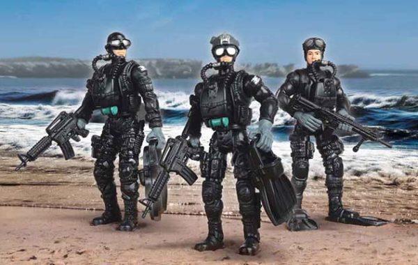 U.S. Navy Seals Figure with Accessories – Land & Water Gear