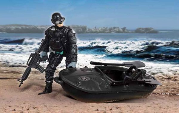 U.S. Navy Seals Figure One Man Recon Water Craft with Oars