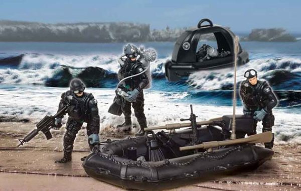 U.S. Navy Seals Full Team Playset with 3 Figures